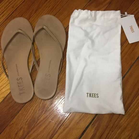 b42613995b16f Tkees foundation shimmer cocoa butter flip flops. M 5b3d2f1903087c185ba262ad